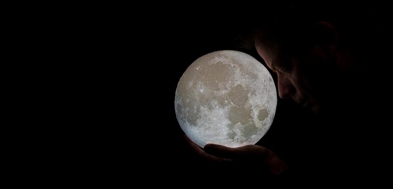take me to the moon -
