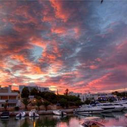 Zonsondergang in de haven Marina Cala D'or, Mallorca