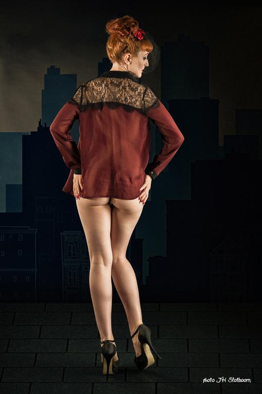 Sex and the City - Anita De Bauch<br /> Meestal zijn mijn naaktfoto&#039;s ontdaan van alle erotiek. Dat is niet gelukt bij deze foto ...