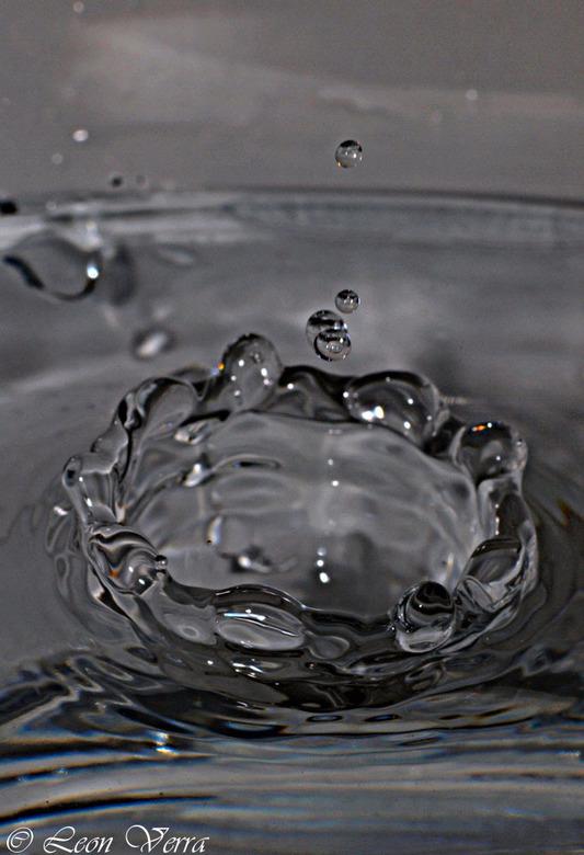 Waterdruppel (kroon) - Geen omschrijving.