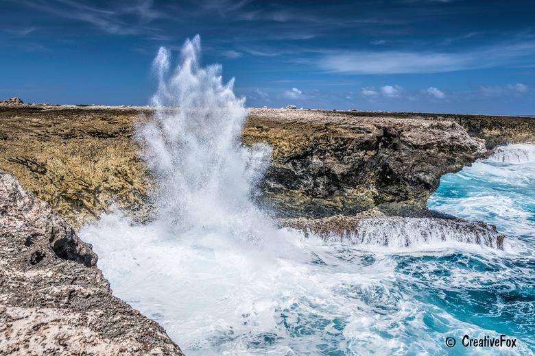 Blowhole - In het Washington Slagbaai Nationaal Park op Bonaire vind je een blowhole. Het is één van de weinige blowholes in Nederland. Het is een gat