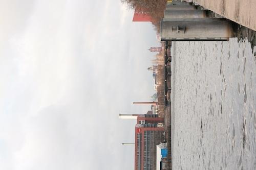 Berlin Friedrichshain 01 - Spree, Friedrichshain, Berlijn<br /> <br /> Deze foto staat verticaal op mijn computer opgeslagen, maar als ik hem upload
