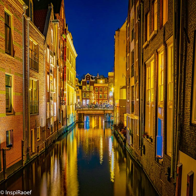 Amsterdam - ISO100, 18mm, f9 30sec<br /> Edit met LR en Luminar