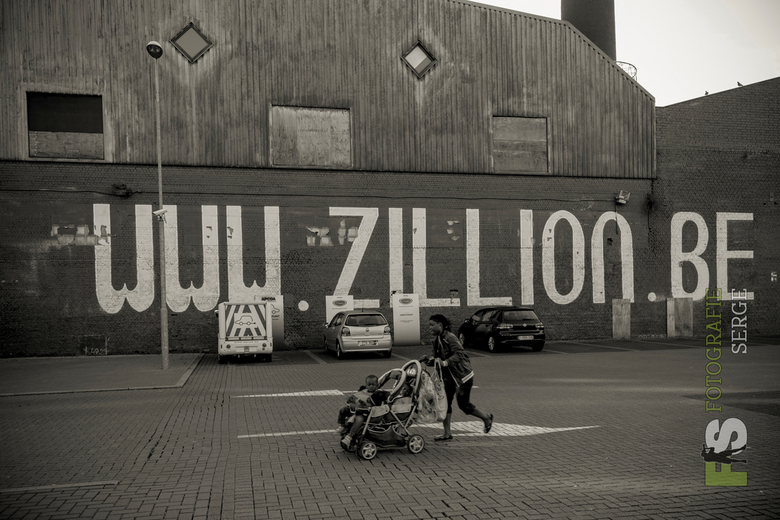 Antwerpen Zillion.jpg - Vergane glorie Dancing Zillion