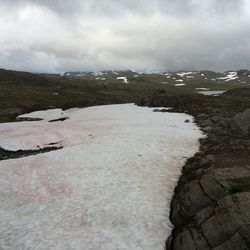Roze sneeuw in Bøverdalen, Oppland
