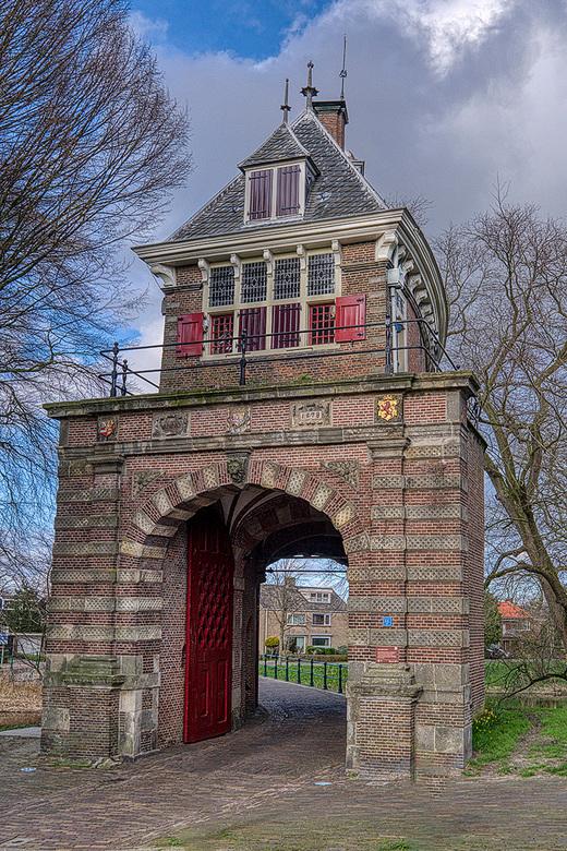 Oosterpoort in Hoorn - Prachtig hoe de Oosterpoort erbij staan in Hoorn.<br /> <br /> Groet Piebe