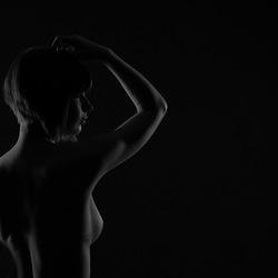 Nude (3/5)