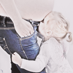 Zusje kussen