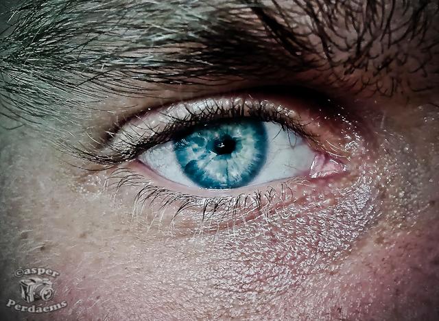 Own Eye - M'n eigen oog. Gemaakt met GSM