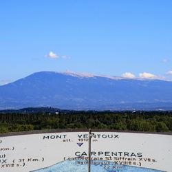 Mont Ventou vue depuis Avignon