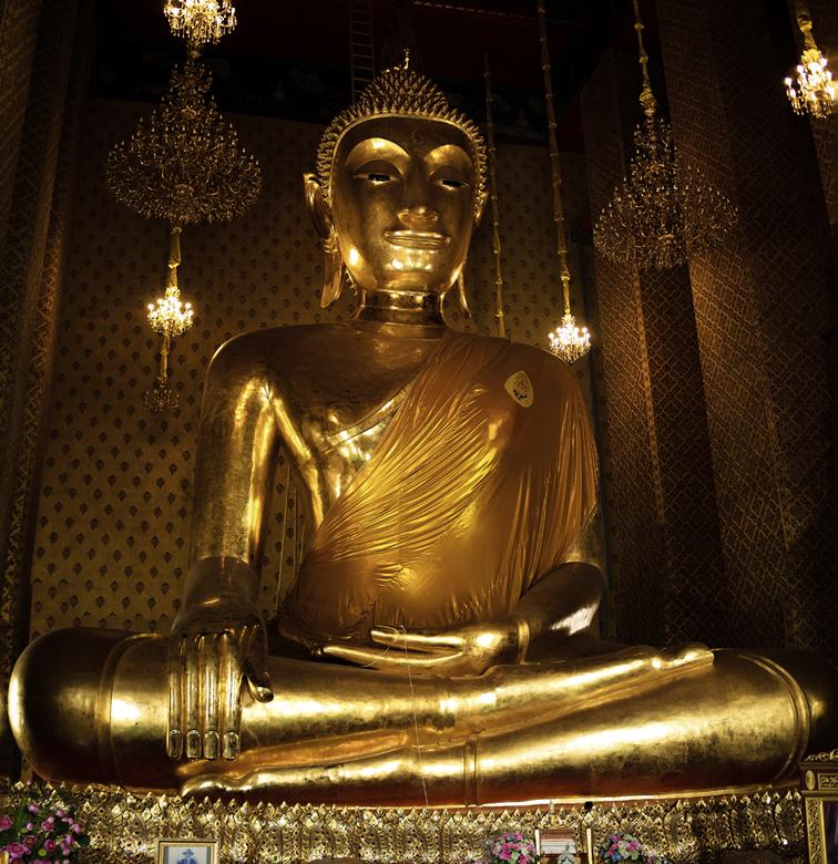 Boeddha - Metershoge Boeddha In Thailand.<br /> Bedankt voor de reacties op vorige foto.<br /> Gr. Adri.