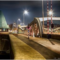 Koningsbrug in de avond
