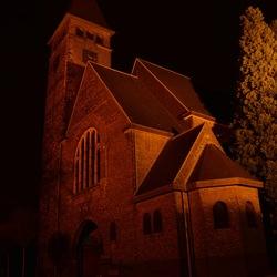 kerk in Puth... by night