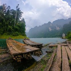 A rainy Cheow Lan Lake