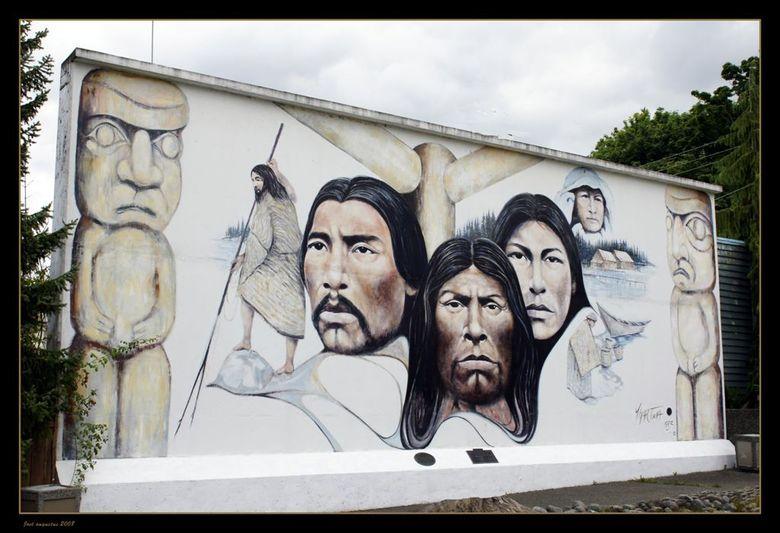 Muurschildering. - In het kleine dorpje Chemainus, zijn door het dorpje heen vele muurschilderingen. De 1ne nog mooier dan de andere. dit is er 1 van,