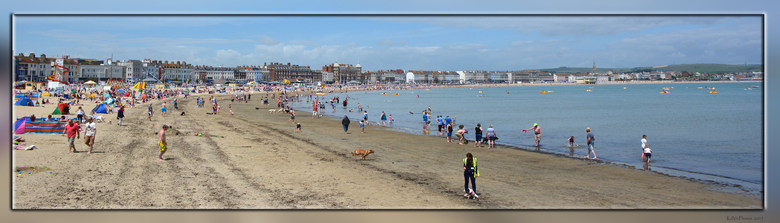 Weymouth 4 - Na de vorige foto&#039;s vanaf de Pier te hebben gemaakt, sta ik hier dan zelf op het strand.<br /> <br /> Bedankt voor jullie reacties