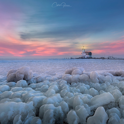 A cold winter by the lighthouse