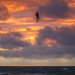 Kitesurfer in actie 2
