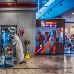 de Arabier met winkel kar