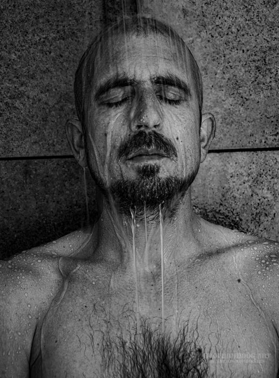 shower selfie -