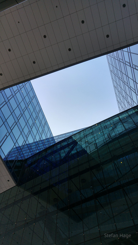 Glazen gebouw in Utrecht