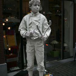 living statue nr2 ?