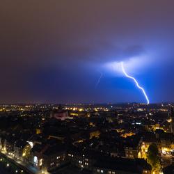Onweer boven Namen