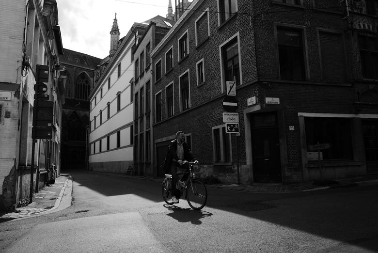 Gent - Fiets - Fietser in Gent, België.