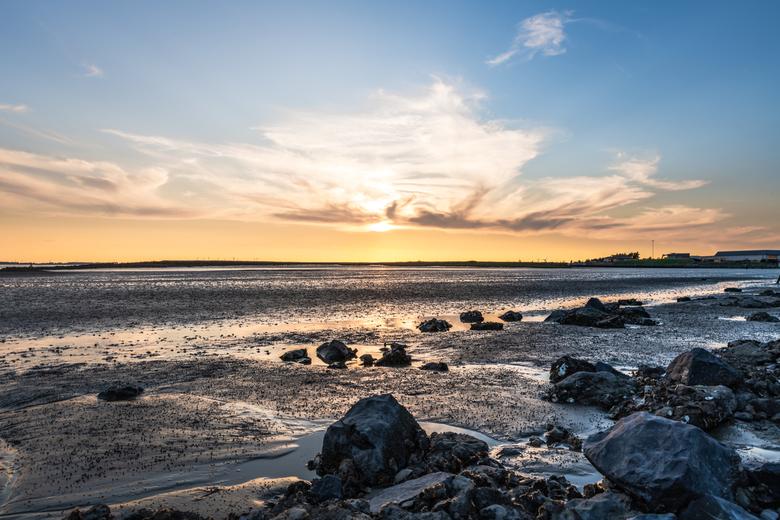Sunset - Zonsondergang bij Hansweert<br /> 24mm - f/14 - 1/40sec - ISO 64