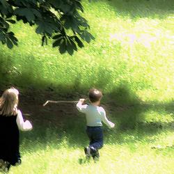 Játszó gyermekek