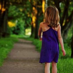 Mijn Meisje aan het wandelen