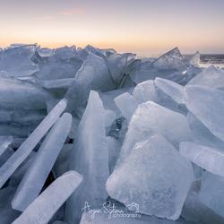 Kruiend ijs III