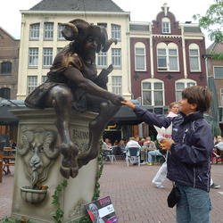 Living Statue2