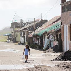 Het leven in de Filipijnen na de typhoon Ruby.