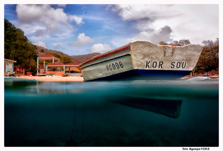 """Kor sou - Curacao heeft twee werelden; hier een beetje van beide!<br /> <br /> Bedankt voor de reacties op <a href=""""http://zoom.nl/foto/macro/high-k"""