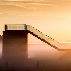 Trap in gouden mist