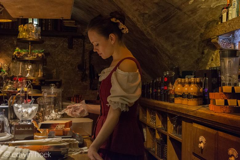2 Riga Black Magic Bar