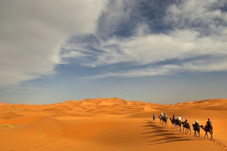 Kamelentocht - Op een kameel door de Erg Chebbi, Marokko, niet echt comfortabel maar wel een ervaring.