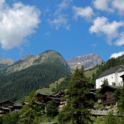 Het dorpje Kippel in Wallis, Zwitserland