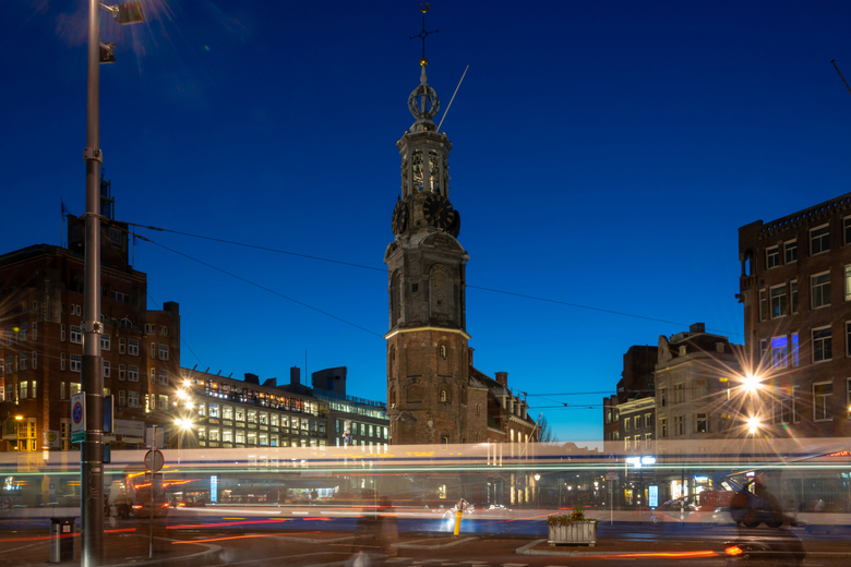 Tram Muntplein Amsterdam - Longexposure tram op het Muntplein Amsterdam