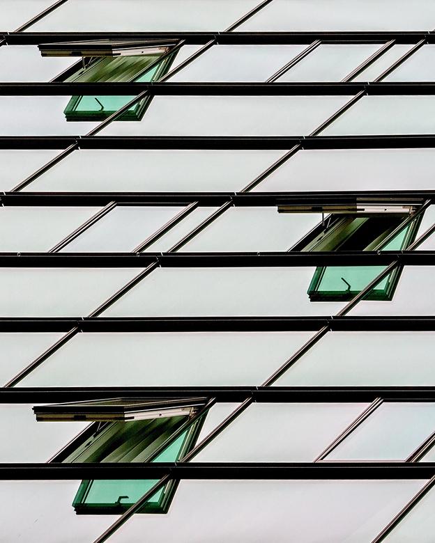 IJDock 3 - Detail van gebouw op IJDock