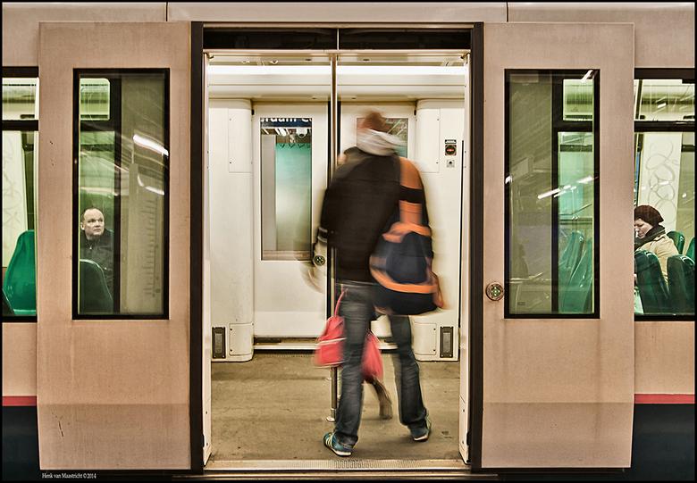Metro-8 - Net op tijd.
