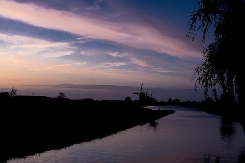 molens bij zonsondergang -