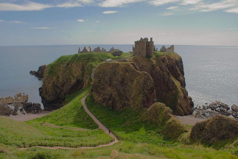 stonehaven castle -