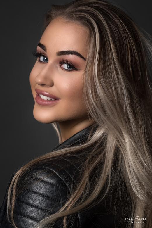 Kim - Model: Kim Hulshof