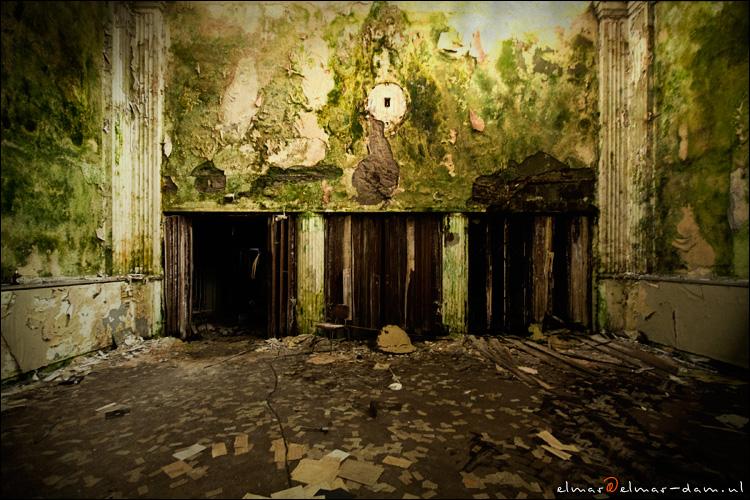 """spooky - vies groen <img  src=""""/images/smileys/wilt.png""""/>"""