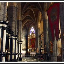 Interieur binnen StJacobskerk Gent