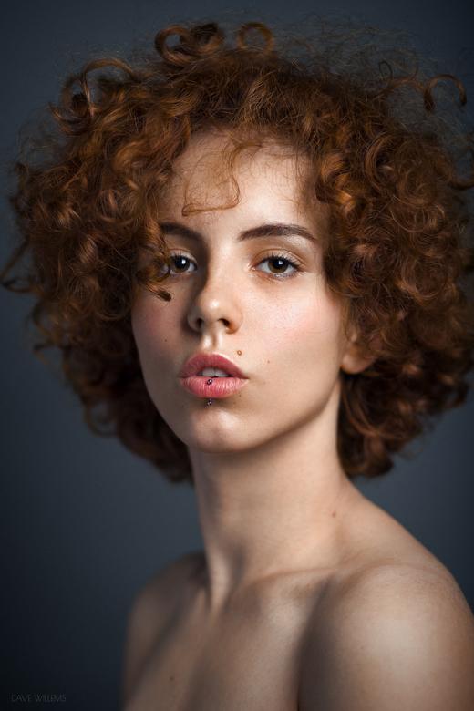 Wiktoria - Een Studio Portret van Wiktoria.<br /> <br /> https://www.instagram.com/davewillemsphotography/