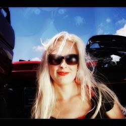 Brenda blur Sunglasses