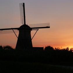 zonsondergang Kinderdijk